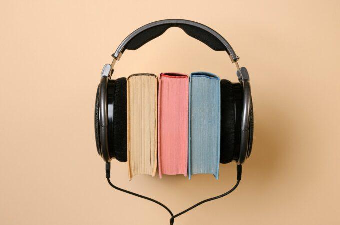 Sådan får du gratis lydbøger i fem måneder